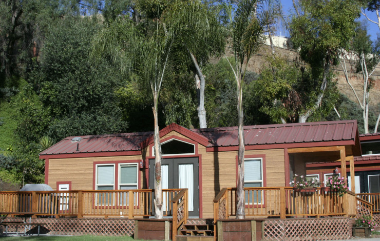 "DELUXE CABIN ""CAMPING"" ON THE RISE AT THE SAN DIEGO KOA"